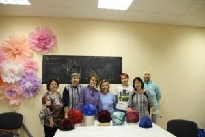 Фотоотчет по МК шапочке с объемными элементами Ирины Бобковой